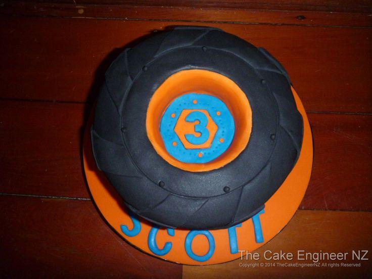 Monster truck tyre cake :)