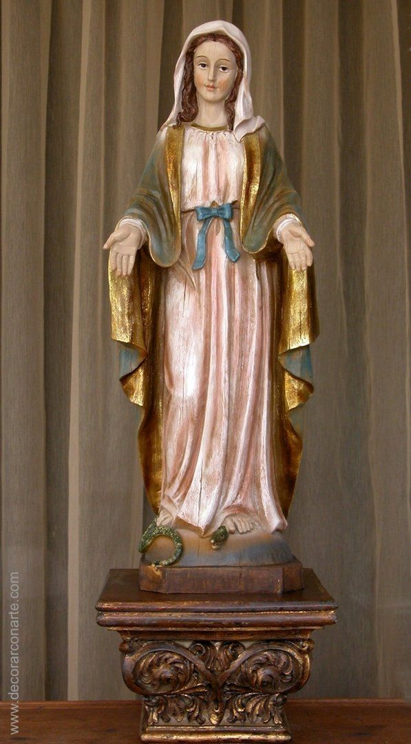 Figura Virgen milagrosa. Altura: 65cm. www.decorarconarte.com