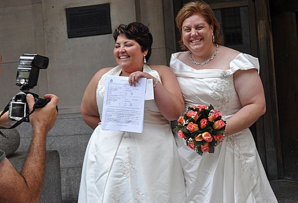 60 Awesome Portraits Of Gay Couples Just Married In New YorkState