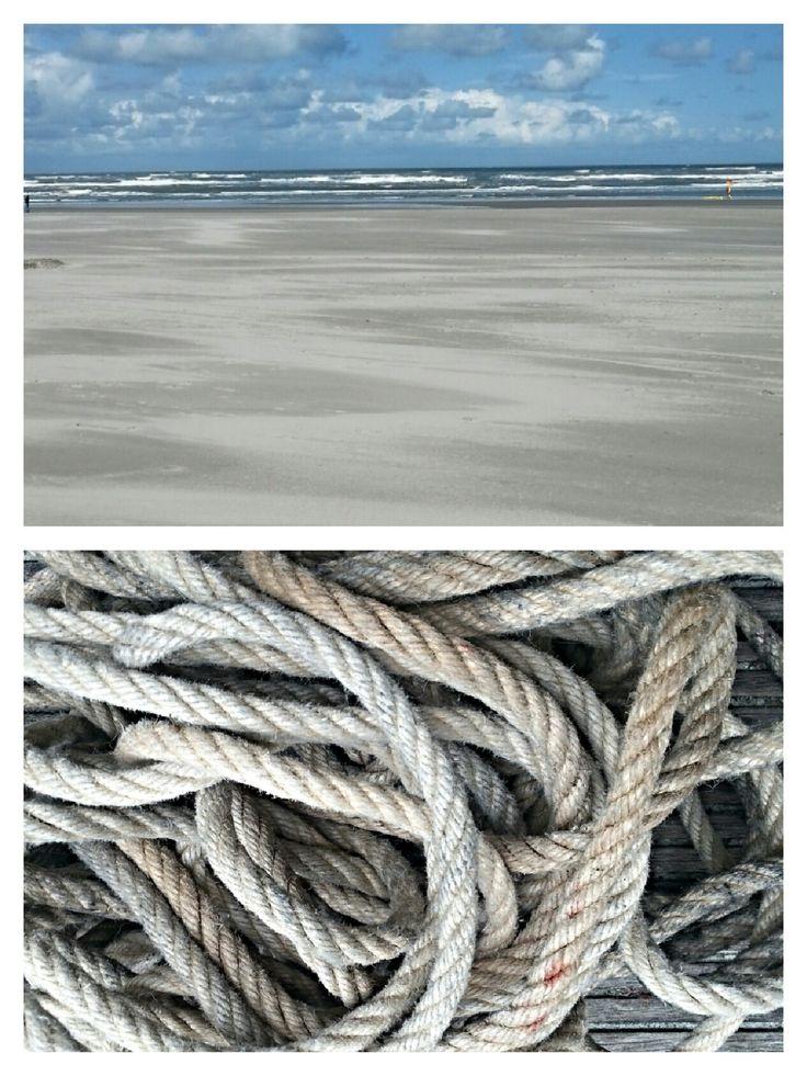 Prachtig touw gevonden op AMELAND om poefjes van te maken. Unieke poefjes gemaakt van touw gevonden op de waddeneilanden www.bontevink.nl  Pouf made from beach rope and old tire Restyling - Vintage - Brocante
