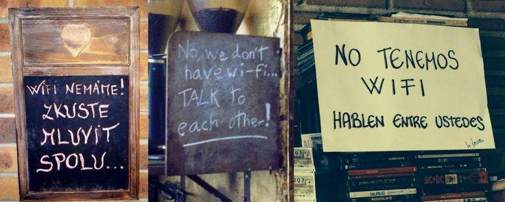 Cedule v restauracích jejichž majitelé by raději komunikující hosty.