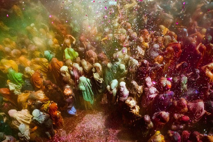 The LegendThe tradition of playing colours on Holi draws its roots from a legend of Radha and Krishna. It is said that young Krishna was jealous of Radha's fair complexion since he himself was very dark. He narrated his woe to mother Yashoda, who teasing…