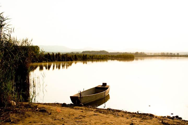 italy, umbria, landscape,lake