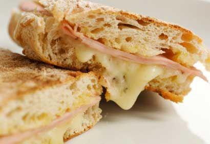 Sandwich jambon-brie