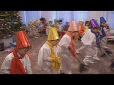 "Новогодний утренник танец ""Снеговиков"" средняя группа - YouTube"