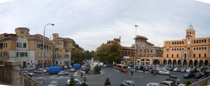 Una panoramica di Piazza Sempione ripresa dalla chiesa dei Santi Angeli Custodi su progetto di Giovannoni (1920)