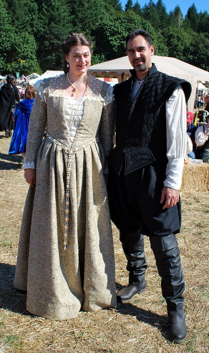 Renaissance Fairs: Best 25+ Renaissance Festival Costumes Ideas On Pinterest