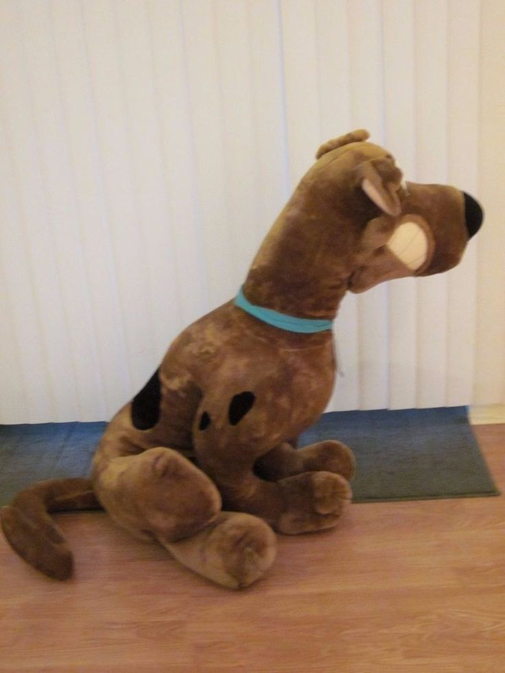scooby doo giant plush 48 39 39 large stuffed animal dog toy network huge brown toynetwork scooby. Black Bedroom Furniture Sets. Home Design Ideas