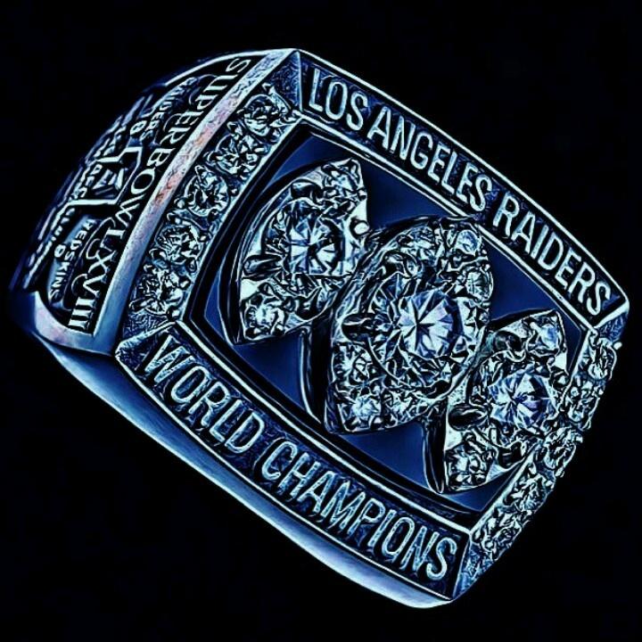 Los Angeles Raiders Super Bowl Ring
