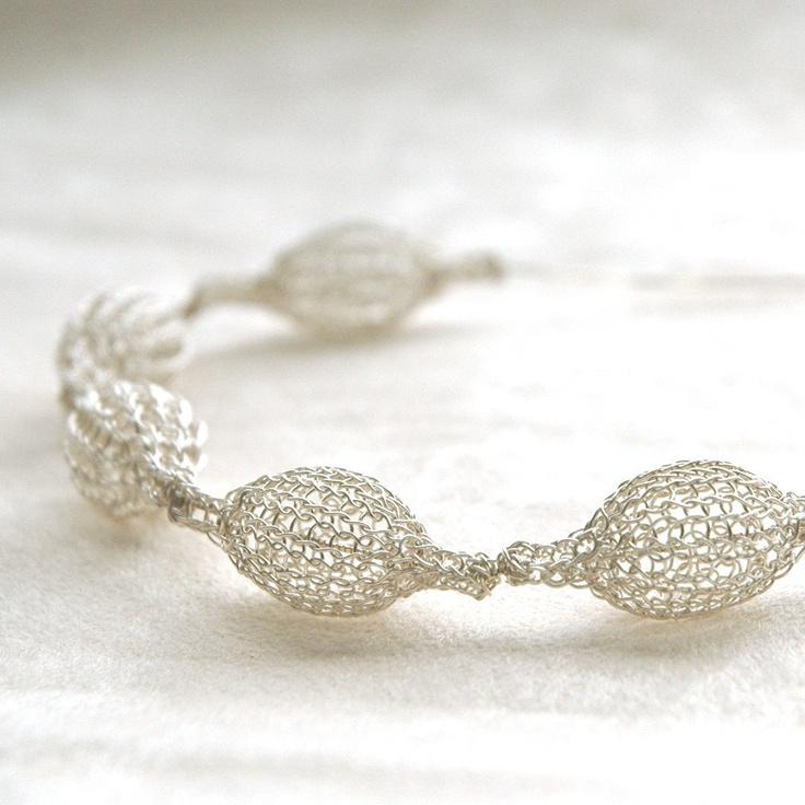 74 best Jewelry ~ Wire Crochet images on Pinterest | Wire crochet ...
