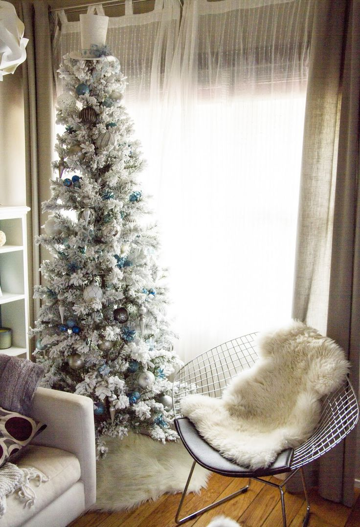 Best 25+ Skinny christmas tree ideas on Pinterest | White ...