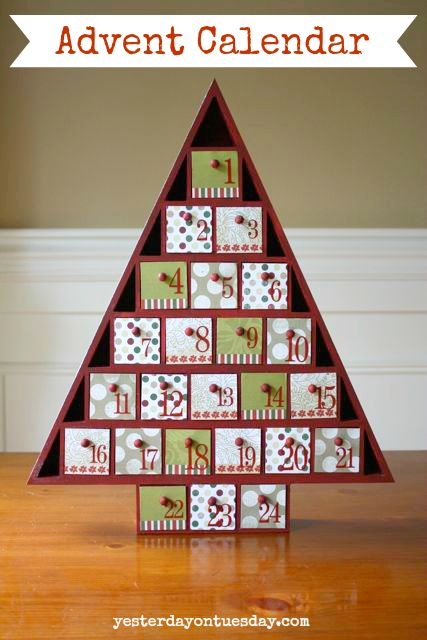 DIY Advent Calendar #adventcalendar #christmascrafts #christmasdecor #yesterdayontuesday