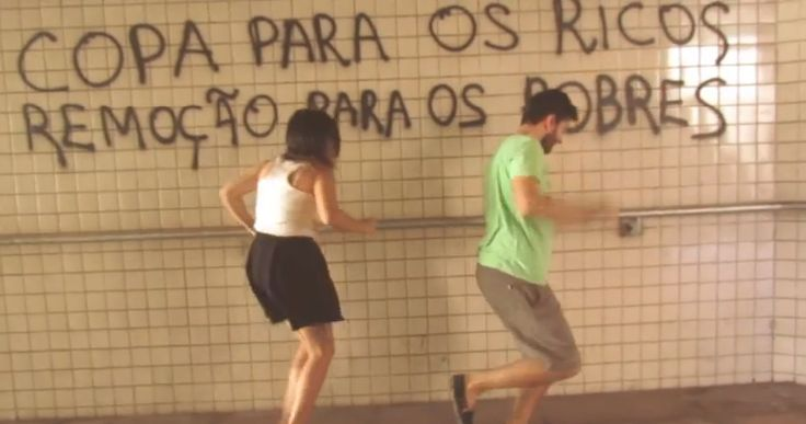 Vídeos foram feitos por moradores insatisfeitos com a situação de Porto Alegre e Curitiba.