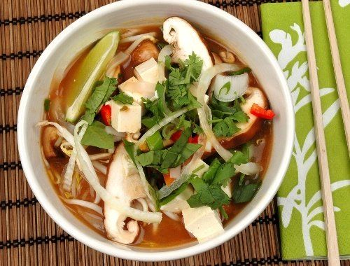 Vegetarisk pho-soppa med tofu