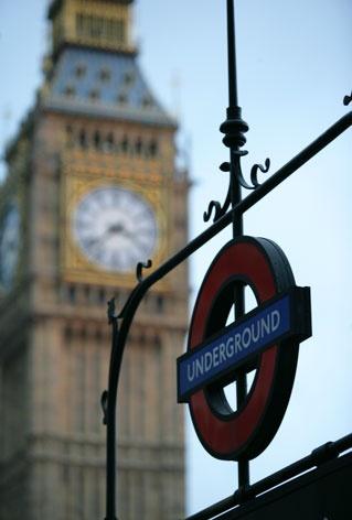 Se dovessi descrivere Londra con una parola userei:immensa.  Londra è il posto delle tante possibilità, delle tante occasioni, delle tante opportunità.
