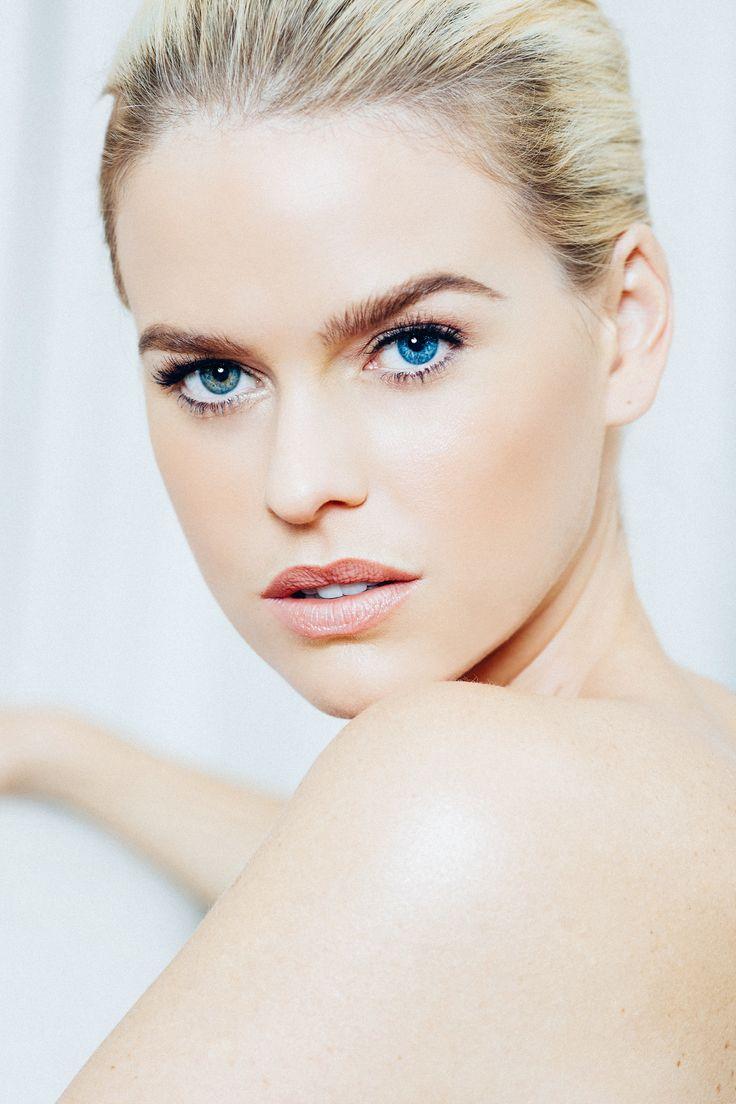 Orogold cosmetics locked down precious jewel Alice Eve as their spokeshottie  - Image 0