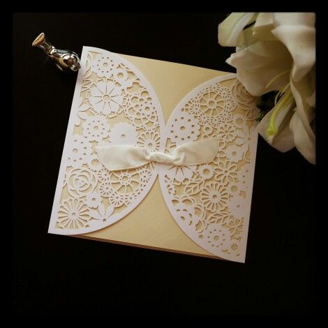 We call this one French Lace :) really love the simple design