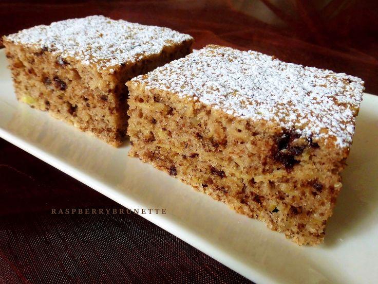 Orechovo-jablkový koláč s čokoládou