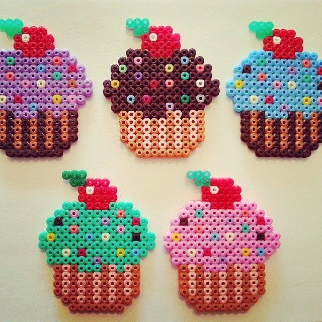 Cupcakes hama beads by blondeebluee