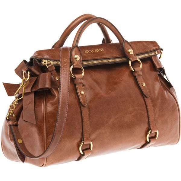 Love the bag, not the price! Miu Miu Top Handle found on Polyvore Dieses Produkt und weitere MIU MIU Taschen jetzt auf www.designertaschen-shops.de/brands/miu-miu entdecken
