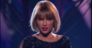 "Model Rambut Baru Taylor Swift ""Bikin Gemes"" yang Lihat : Seiring dengan waktu model rambut terus berkembang. Taylor Swift salah satu artis dunia yang ikut tren baru dengan model rambut nge-bob"