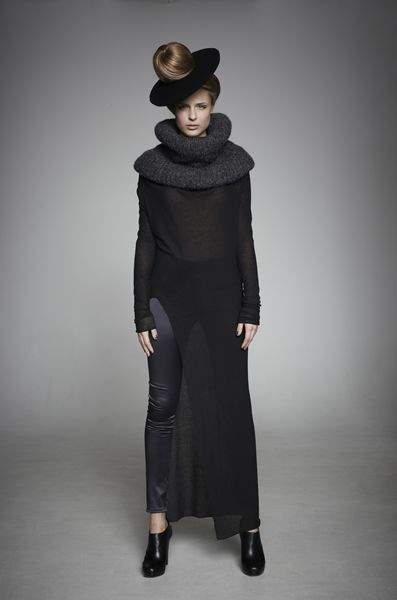 HUNKØN // The feminie clothing is inspired by ancient Japanese style.