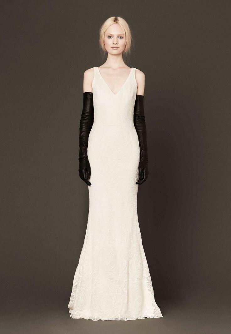 vera wang wedding dress pre owned mallory mermaid silhouette v neck sleeveless ivory designer