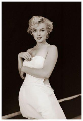 "A rare outtake from the Milton Greene ""Ballerina"" setting: Ballerinas Series, Marilyn Monroe, The Angel, Milton Green, Norma Jeans, Marylin Monroe, Rare Photos, Marilynmonro, Monroe Photographers"