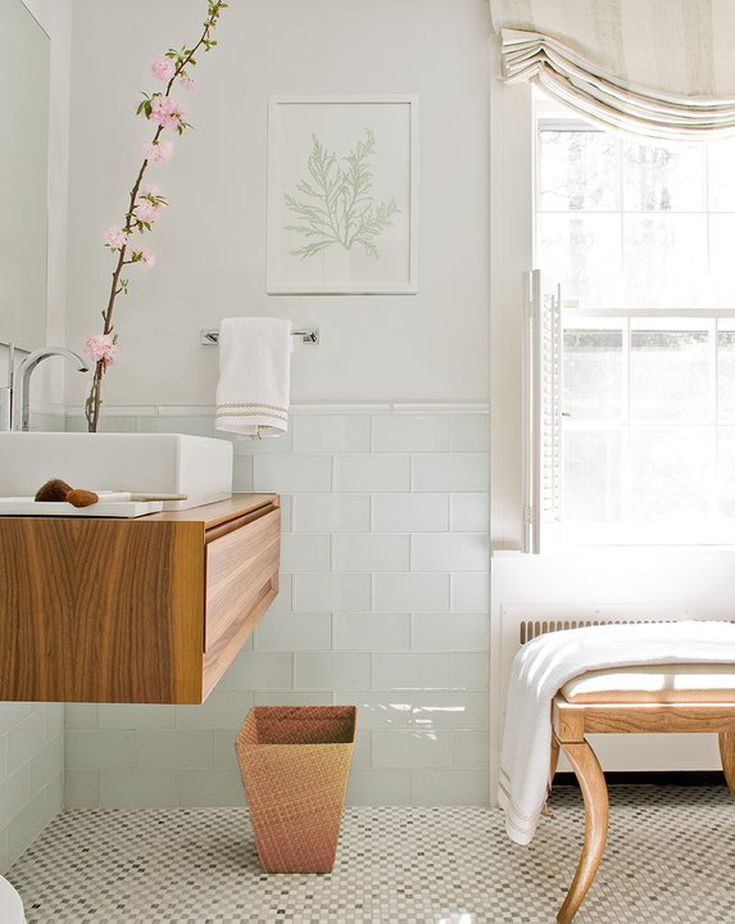 11 Scandinavian-Style Bathrooms