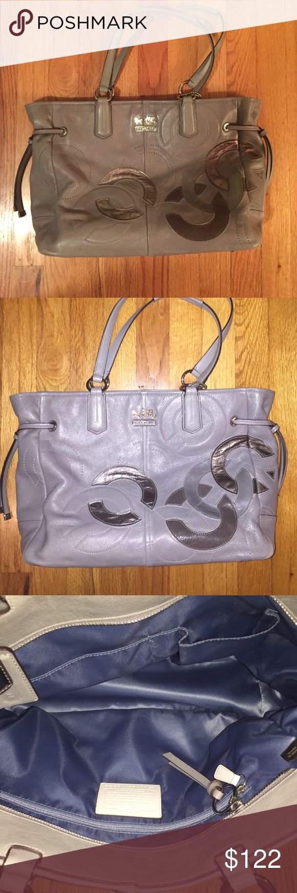 Authentic Coach Silver Tote Bag Authentic Coach Tote! Silver & gray, great condition! Only used very few times. Inside of purse is flawless. Coach Bags Totes