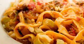 ricetta di tagliatelle con zucca e salsiccia
