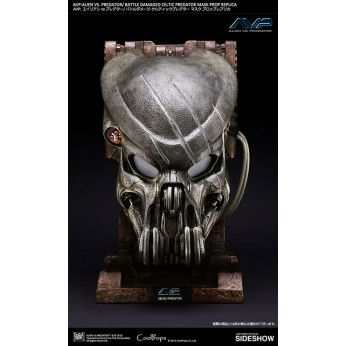 Preorder this Coolprops Replica now. flexible payment options and FREE EU shipping. This Battle Damaged Predator Mask is 50cm and is a 1/1 scale replica.