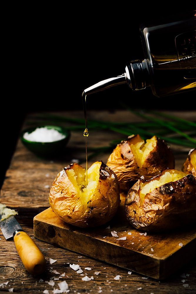 Patatas asadas al horno rellenas