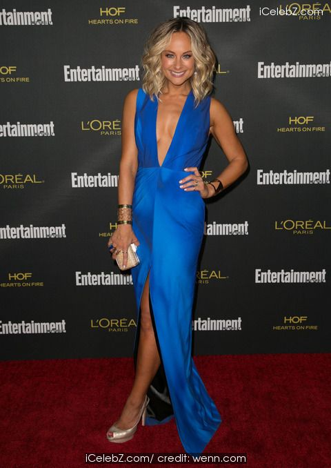 Alyshia Ochse 2014 Entertainment Weekly Pre-Emmy Party at Fig & Olive http://icelebz.com/events/2014_entertainment_weekly_pre-emmy_party_at_fig_olive/photo1.html