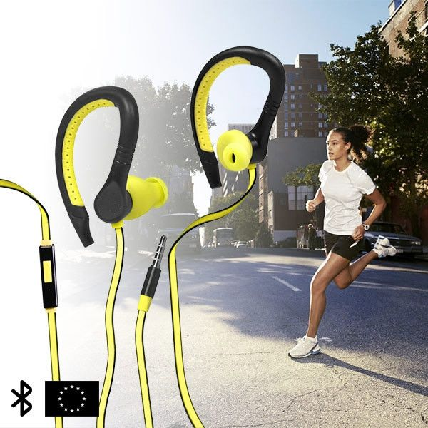These sports headphones have been designed in Europe specifically for doing sports. Both their shape and material adapt perfectly to the shape of the ear for a perfect hold and comfort. They stand out from the rest with their modern design and great sound quality. Additionally, they allow you to continue phone conversations while exercising. Includes a small fabric cover for storing the headphones.   Characteristics of the GoFit running headphones:    Flexible and water resistant  Sound…