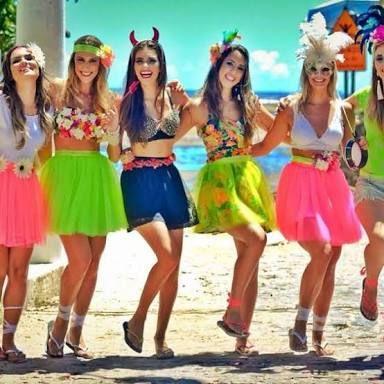 Resultado de imagem para fantasia de carnaval tropical