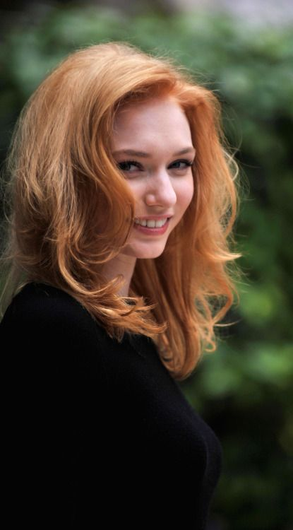 Pin By David Trace On Fame Eleanor Tomlinson In 2019