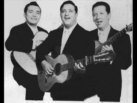 Trio Los Panchos - la hiedra - - YouTube