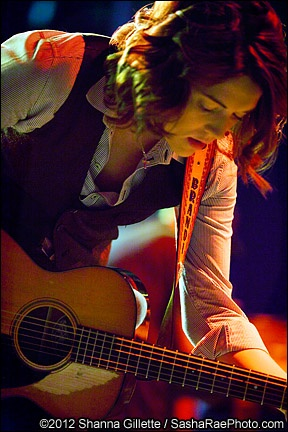 Brandi Carlile at the Tampa Erase the Hate Festival.  What an awesome photo!  Credit goes to Shanna Gillette.  :)