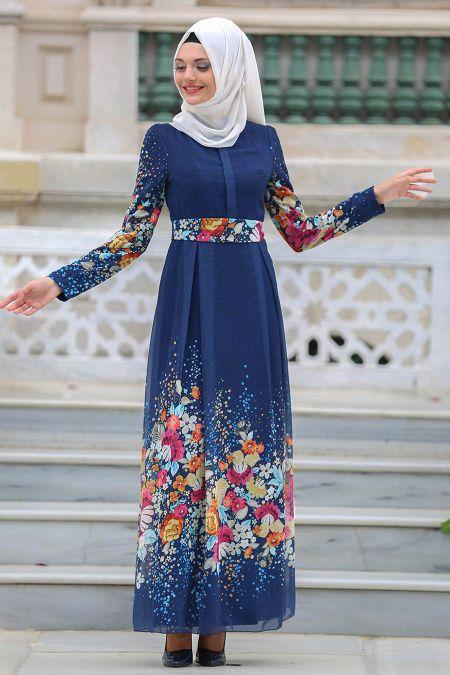 05cb204ded78b 2018/2019 Yeni Sezon Günlük Elbise Koleksiyonu - Neva Style - Kemerli Çiçek  Desenli Lacivert Tesettür Elbise 7699L #tesetturisland…