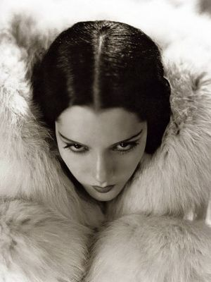 Stunningly beautiful Mexican born actress, Lupe Velez (had a tragically short…
