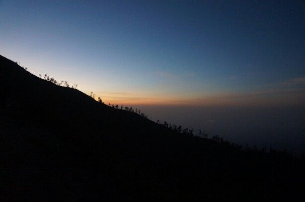Almost sunrise at Ijen Crater... Bondowoso, East Java, Indonesia