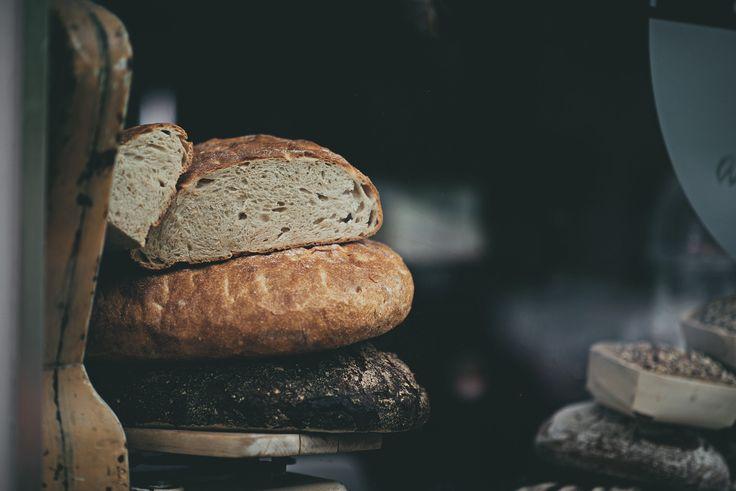 Chleb żytni, mieszany czy pszenny? Które pieczywo najczęściej ląduje na Waszych stołach? #finuu #finuupl #sniadanie #chleb #pieczywo #breakfast #bread #ryebread #homemadebread #diy