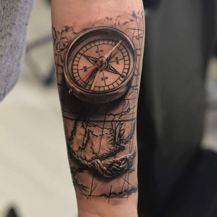 Pin od piotr knych na hmm tattoos compass tattoo i for Tatoo bussola