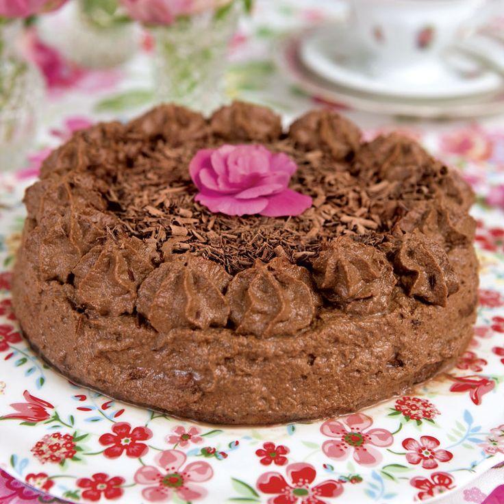 En riktig drömtårta med choklad och mandelmassa.