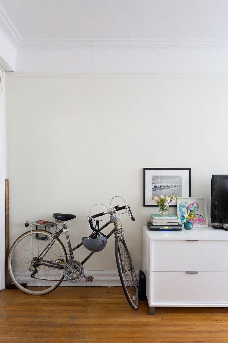 House Tour: A Smart, Stylish Studio Apartment