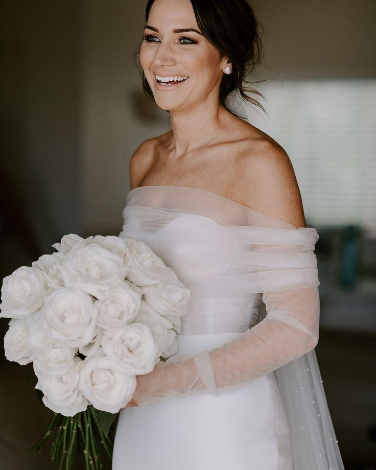 gorgeous bridal gown, minimalistic look. #bride #naturalmakeup #gourgouswedding ...