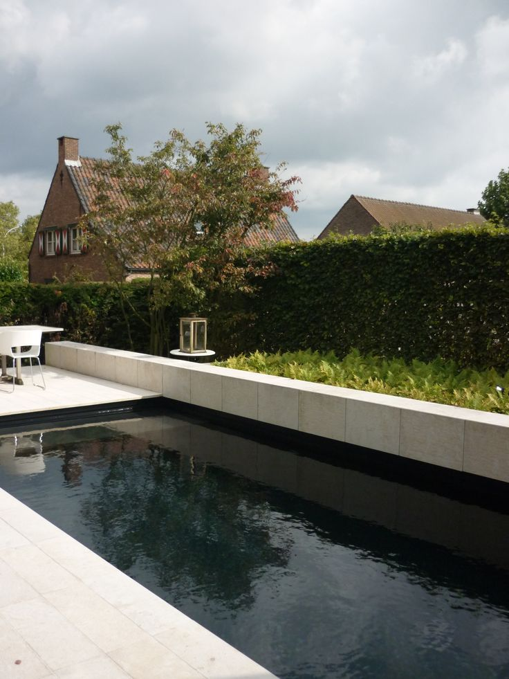Studio k tuin met zwembad aartselaar 2008 zwembad zwarte folie zitbank varens amelanchier - Zwarte pool liner ...