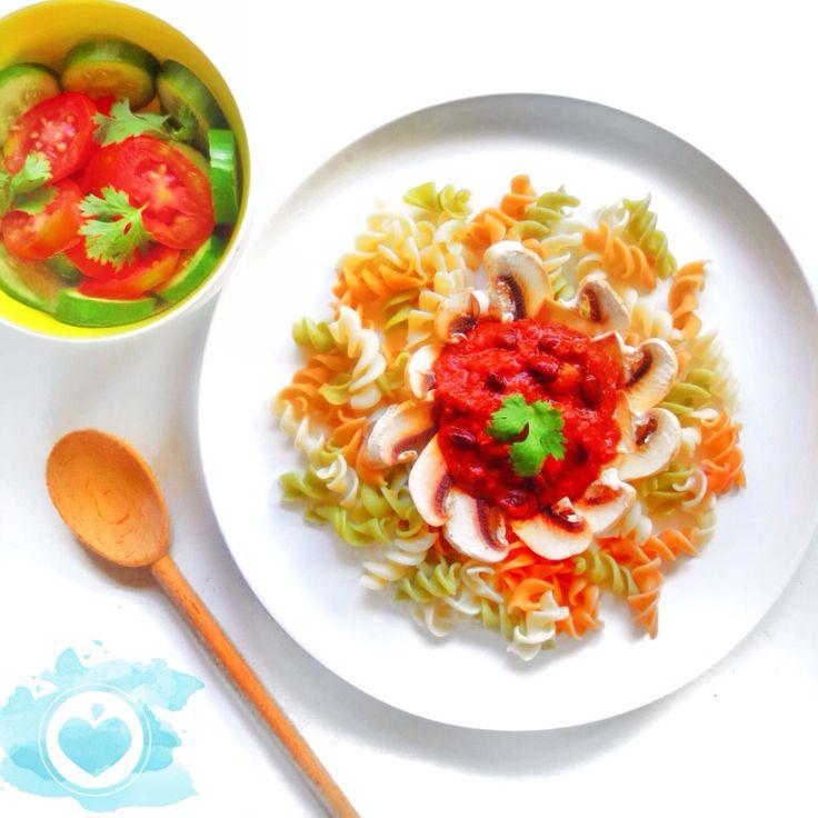 Brown rice veggie pasta wtih black bean and mushroom sauce