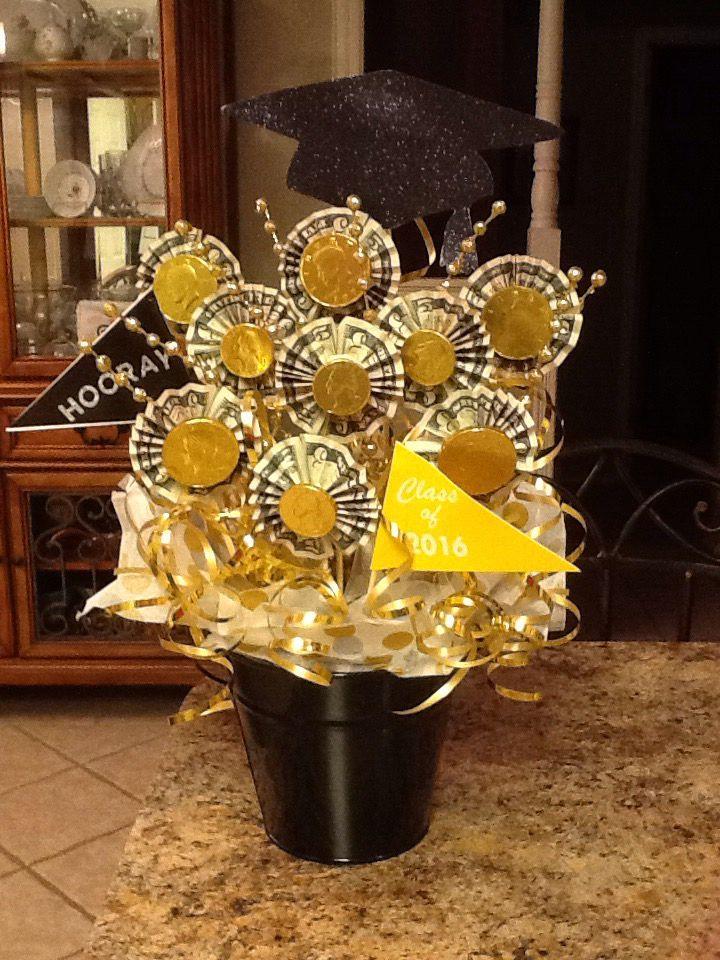 Graduation money bouquet